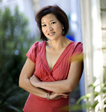 Carolyn Jung. Photo by Joanne Ho-Young Lee.