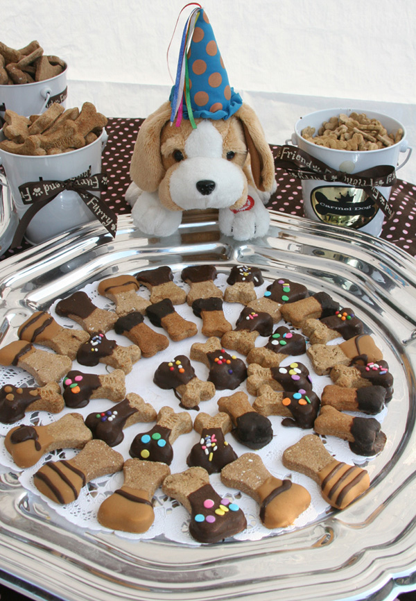A woof-ing good time. (Photo courtesy of the Hyatt Regency Monterey)