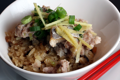 Steamed pork hash with salted fish served over Chinese sticky rice.