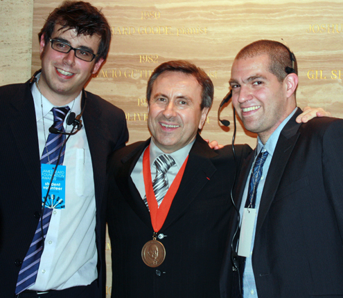 Daniel Boulud (center).