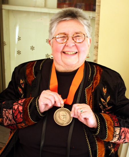 "Shirley Corriher, winner for ""Best Baking'' cookbook for her ""Bakewise: The Hows and Whys of Successful Baking.''"