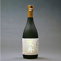 Watari Bune Junmai (Photo courtesy of www.jotosake.com)