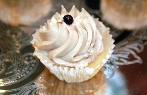 Foie gras mousse cupcake