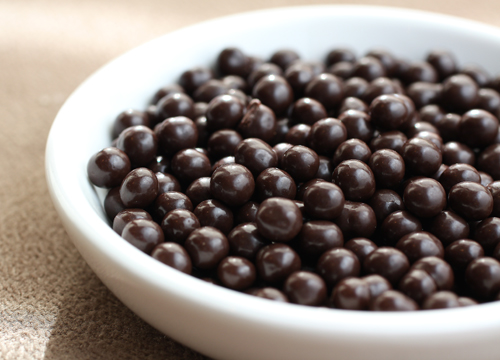 Crunchy chocolate pearls.