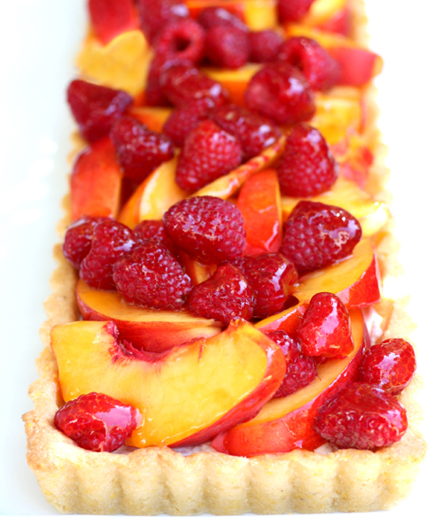 A tart to make friends over.