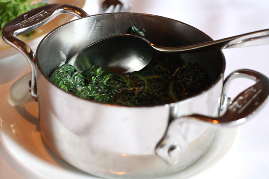 A less heavy version of creamed spinach with garlic. (Photo by Carolyn Jung)