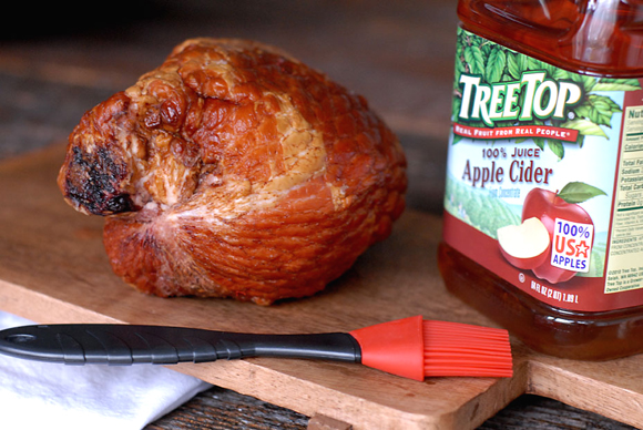 How'd you like a half ham like this to grace your holiday table? (Photo courtesy of Snake River Farms)