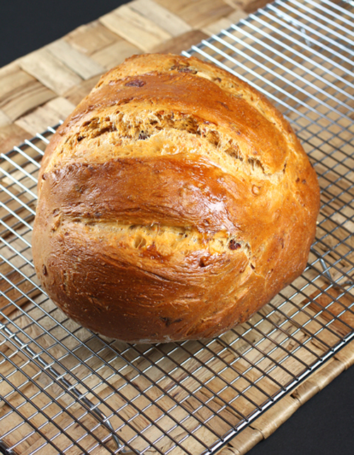 A beautiful loaf with the taste of summer.