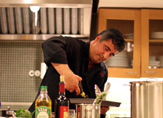 Chef Hoss Zare doing a cooking demo. (Photo by Carolyn Jung)