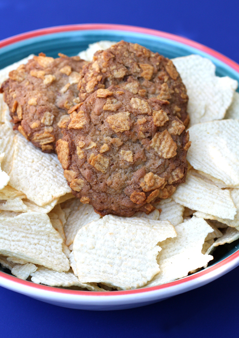 Yup, there are potato chips in these cookies. Plenty of them, too.