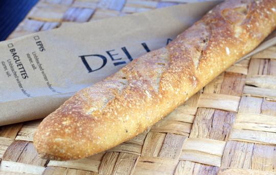 A baguette.