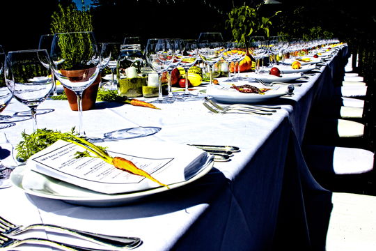 Dining in the great outdoors at SMIP Ranch. (Photo courtesy of Bacchus Management Group)