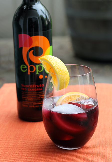 A complete sangria in one bottle. How convenient is that?