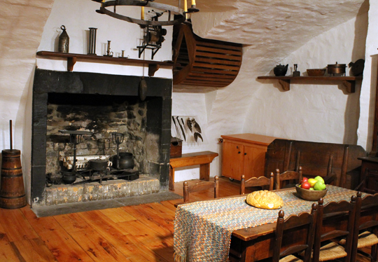 A replica of an 18th century kitchen at Chateau Ramzay.