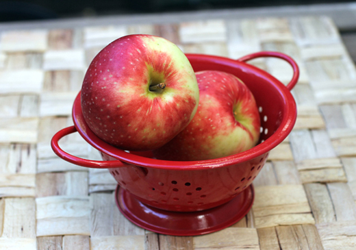 SweeTango apples.