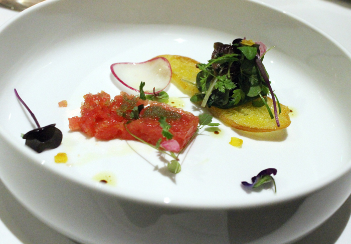 A terrific tuna tartare -- which would have been even prettier had I not started to eat it before taking this photo.
