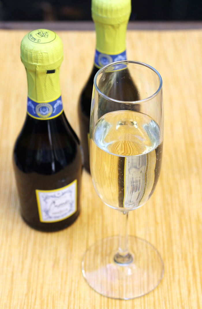 Mini Prosecco bottles -- you'll want to drink to that.