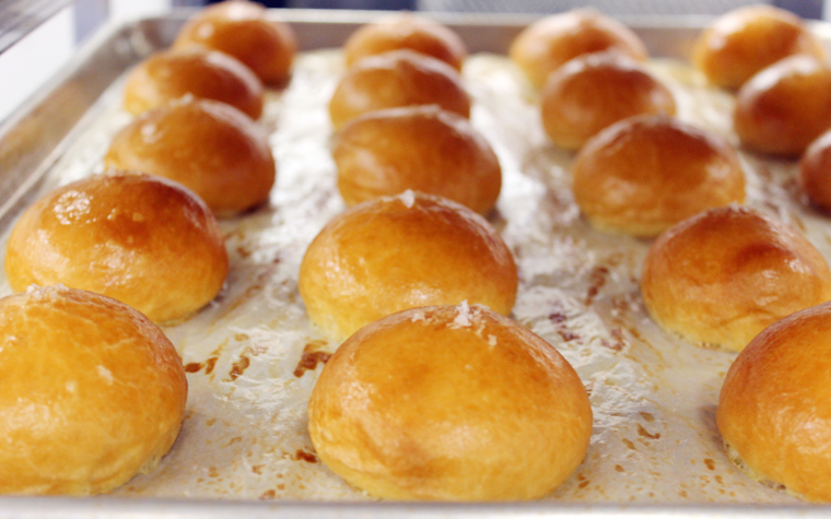 Brioche buns delivered to Manresa restaurant each day by 4:30 p.m.