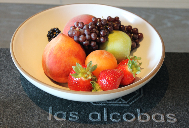 A fruit bowl to welcome.