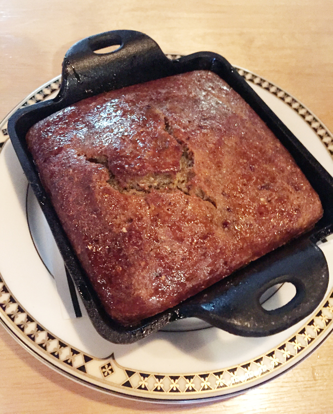 Marvelous cornbread with a touch of sweetness.
