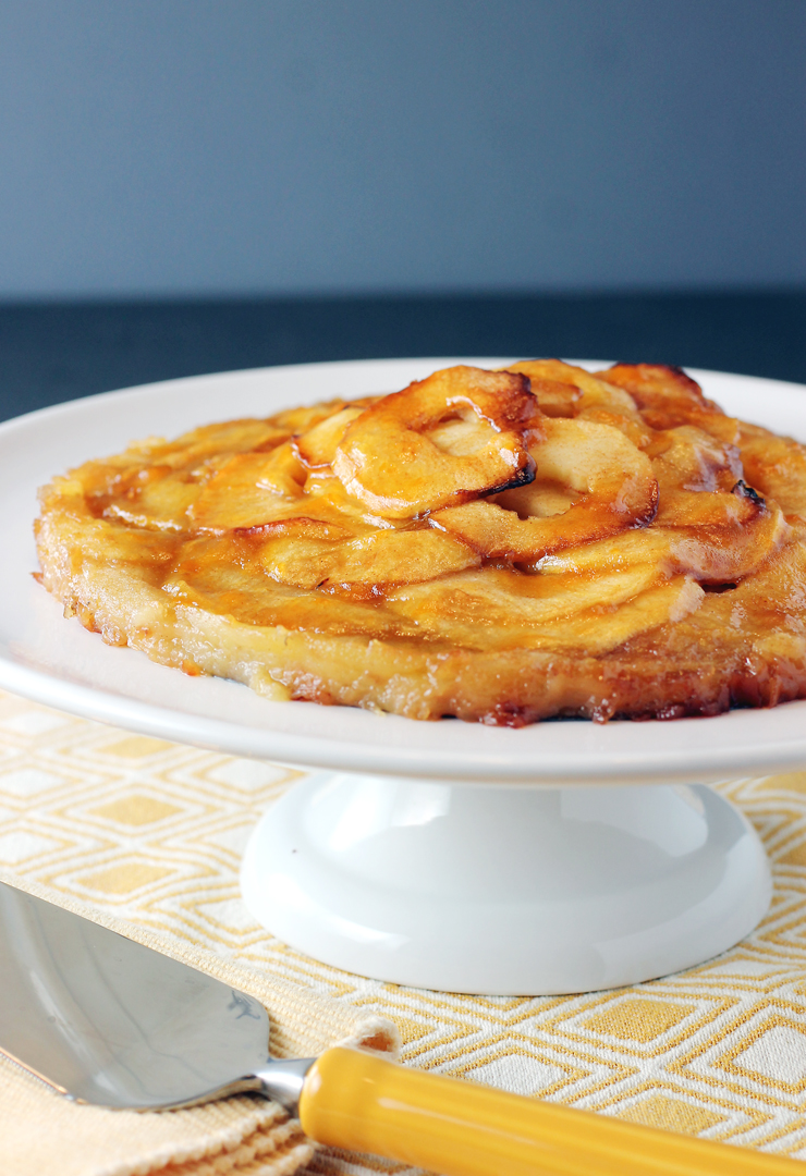 A gluten-free, crust-less dessert made with new Pazazz apples.