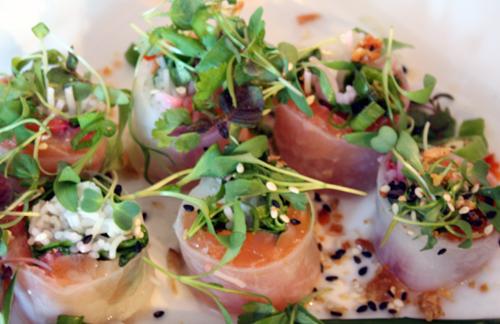 Salmon and strawberry salad rolls.