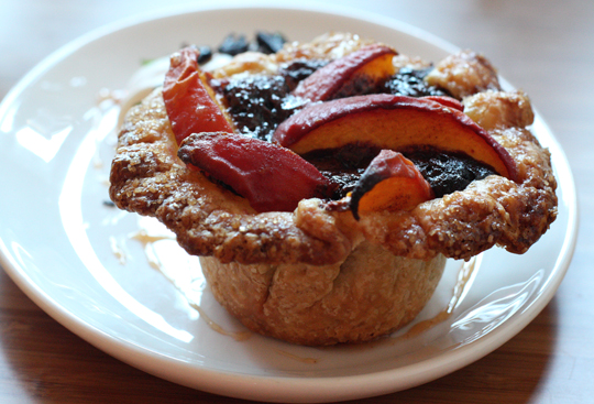 A new spin on a crostata.