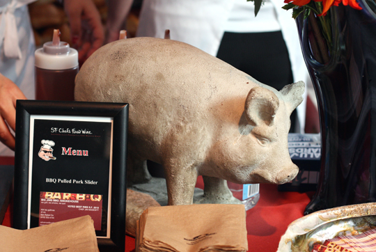 The mascot on the table of Big Jim's BBQ.