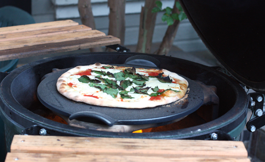 The pizza, ready to be served.