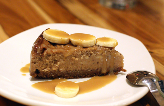 A tropical-tasting cheesecake made without dairy.
