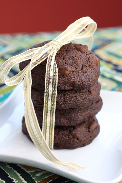 Cookies full of chocolate and dried cherries to make your stomach dance with joy.
