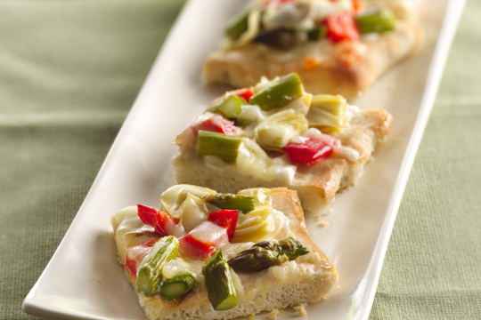 Asparagus, artichoke and red pepper pizza. (Photo courtesy of Pillsbury)