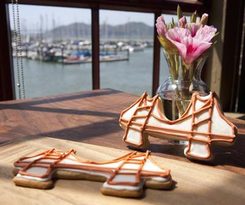 A Golden Gate Bridge cookie. (Photo courtesy of Greens)