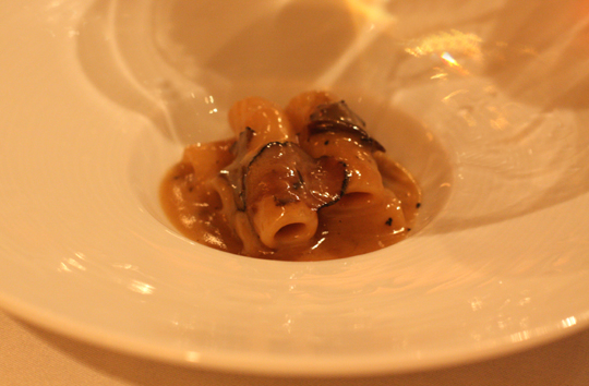 Words cannot aptly describe how sensational this foie gras pasta is.