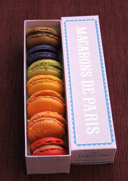 Rainbow Macarons de Paris. (Photo by Carolyn Jung)