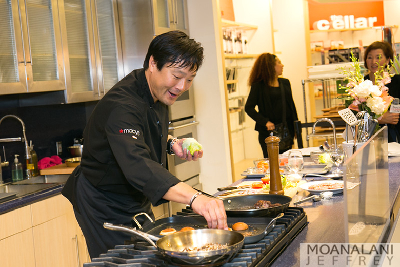 Chef Ming Tsai preparing sliders at his Macy's Valley Fair demo. (Photo by Moanalani Jeffrey)