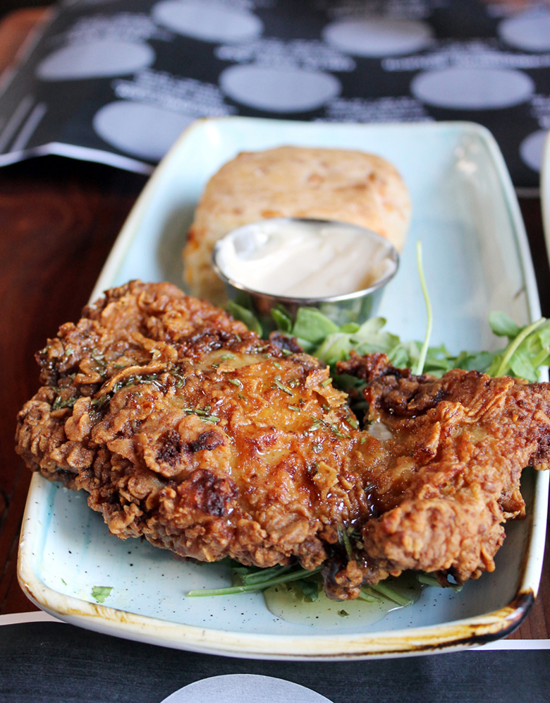 Fried chicken and barbecue star at the new Dan Gordon's in Palo Alto.