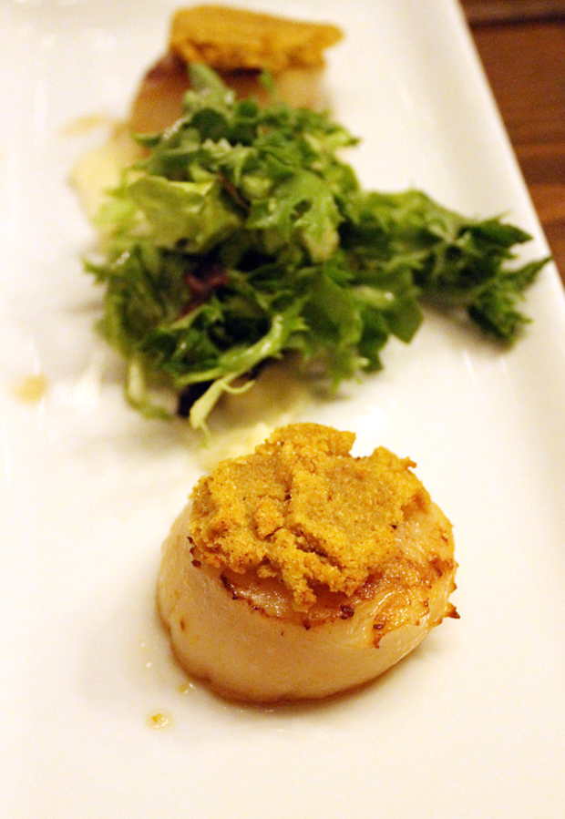 Curry-crusted scallops.