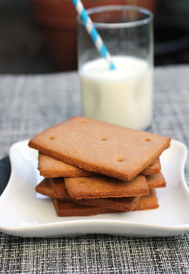 If all you've had is store-bought, it's high time to try making your own graham crackers.