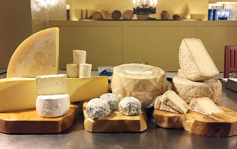 A cheese tasting seminar.