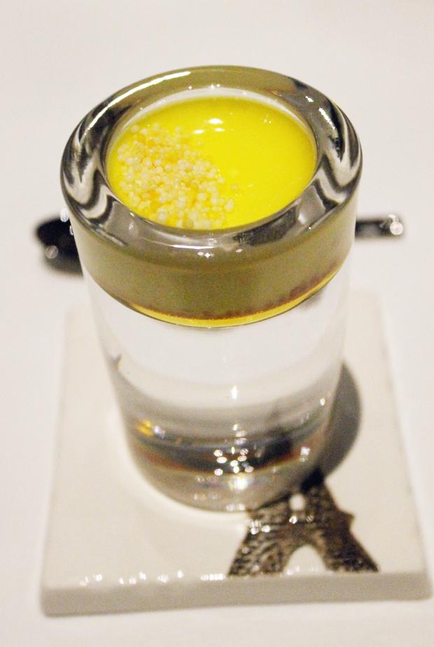 Vanilla caramel pre-dessert.