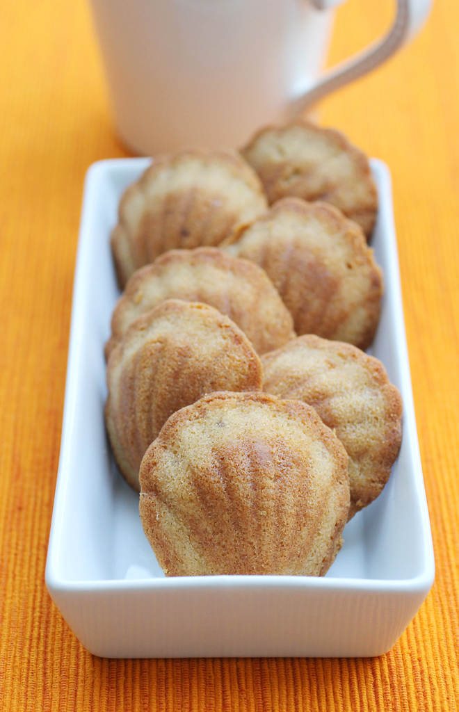 Perfect with coffee or tea, Donsuemor Pumpkin Spice madeleines. (photo by Carolyn Jung)
