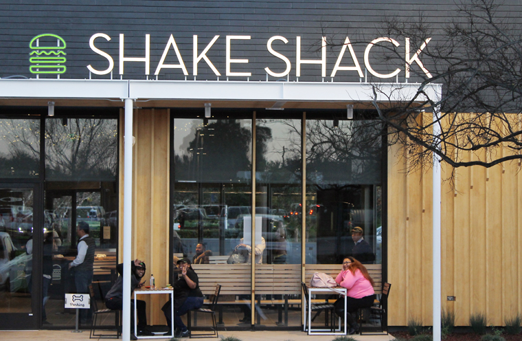 The Palo Alto Shake Shack in Stanford Shopping Center.