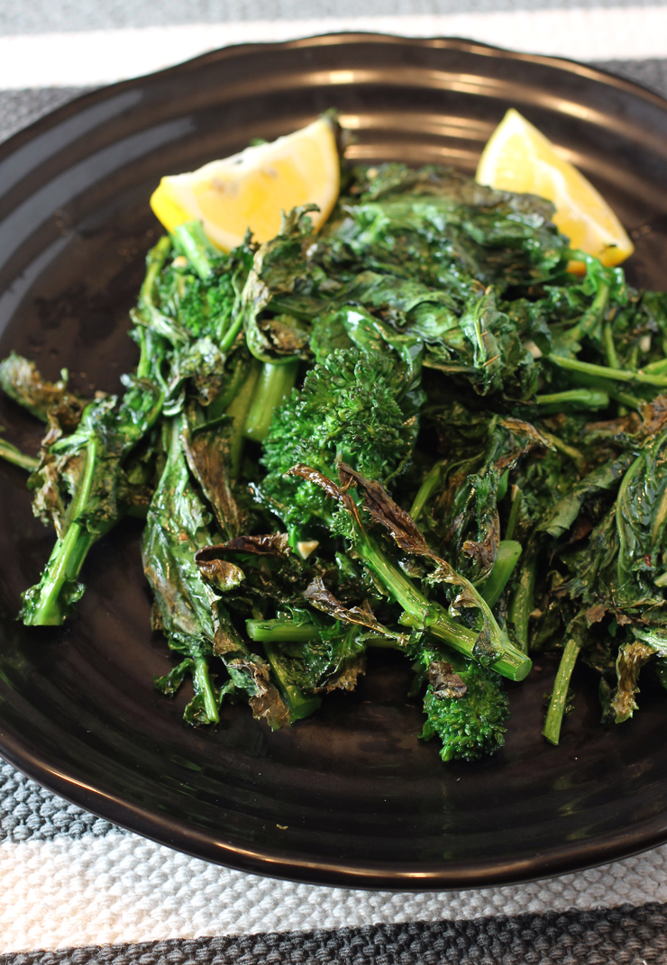 The crispy edges on this broccoli rabe are addictive.
