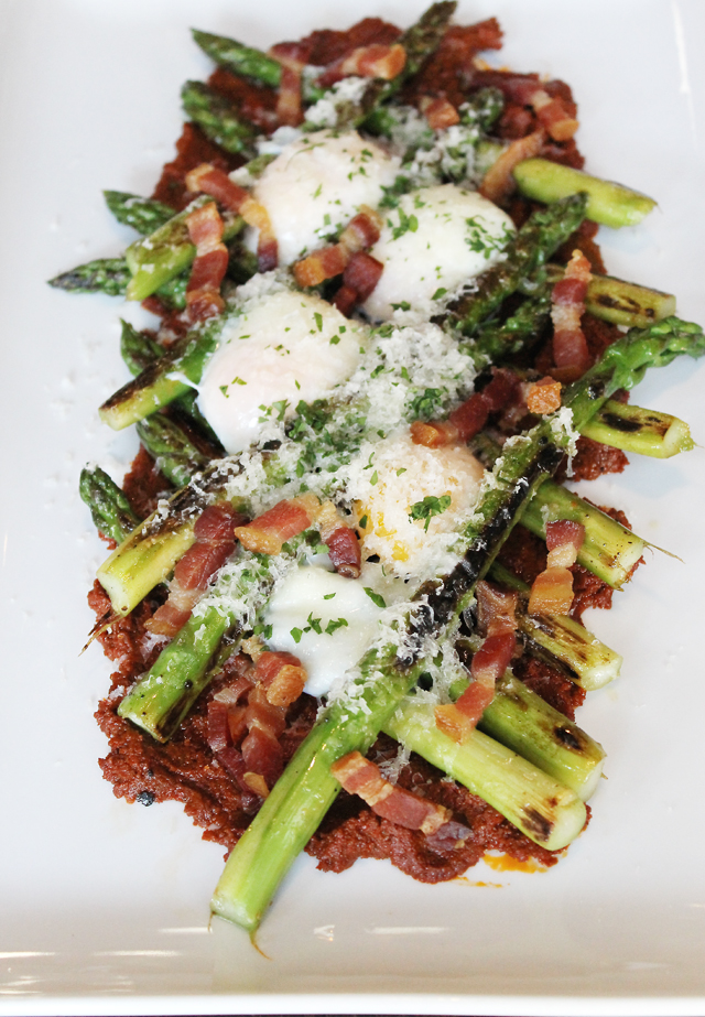 Asparagus with duck cracklings.