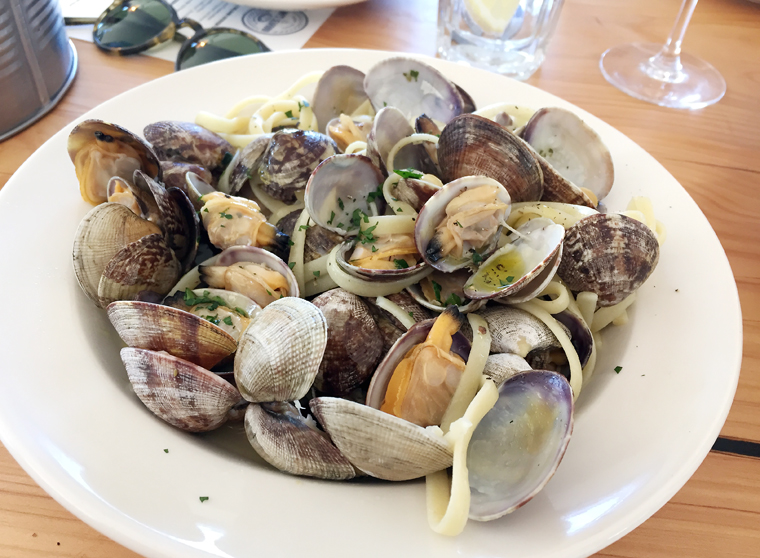 Yes, there is actually pasta hidden underneath all those clams.