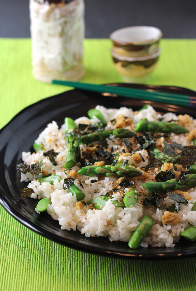 Spring asparagus and softly scrambled eggs seasoned with sugar and soy sauce get scattered over sticky sushi rice.