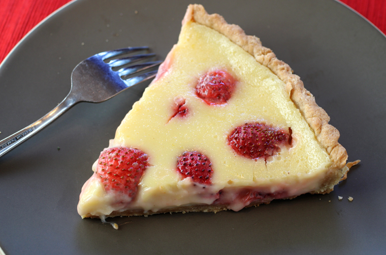 A tart with subtle tartness from lemon and kefir or buttermilk.
