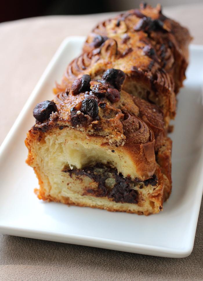 Maison Nico's brioche noisette et chocolate loaf.